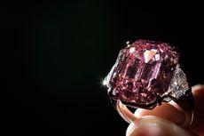 Berlian Merah Muda 19 Karat Terjual Rp 732 Miliar dalam Lelang