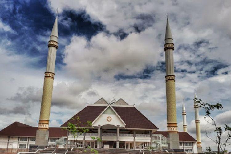 Masjid Raya KH Hasyim Asyari, Jakarta Barat.