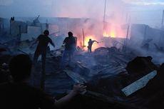 Kebakaran Besar di Pemukiman Padat di Medan, Seratus Rumah Hangus