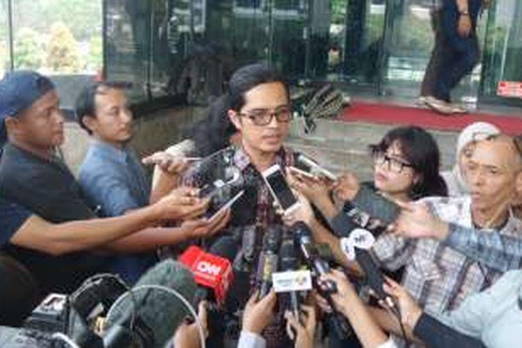 Juru Bicara KPK Febri Diansyah di Gedung KPK Jakarta, Jumat (16/12/2016).