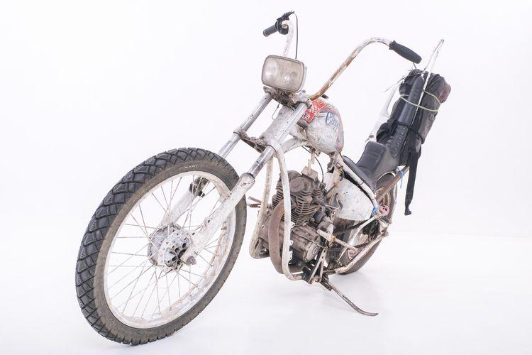 Motor custom Yamaha Scorpio Z  bergaya chopper garapan Baloenk Modified Jogja