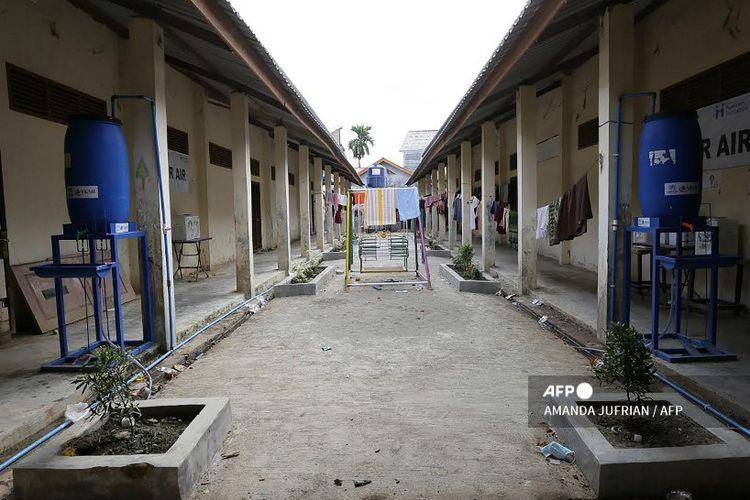Kamp pengungsian Rohingya di Lhokseumawe, provinsi Aceh terlihat sepi pada 27 Januari 2021, setelah beberapa ratus pengungsi Rohingya meninggalkan kamp.