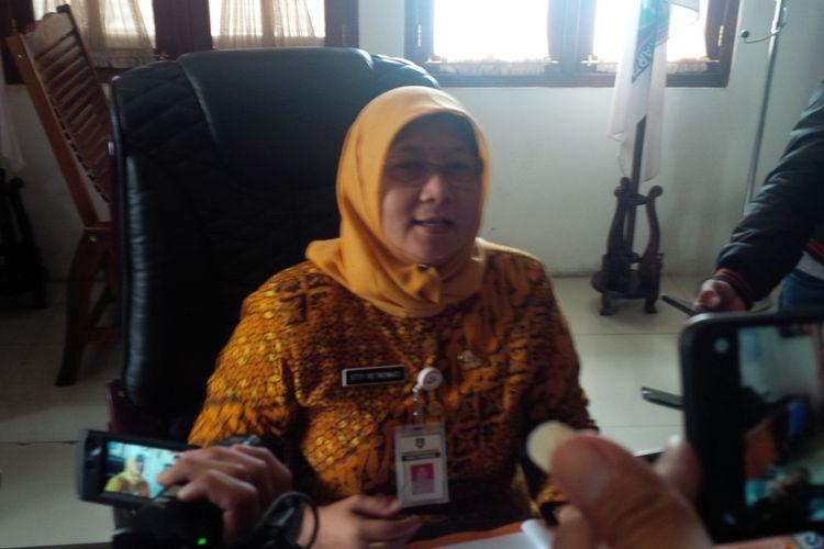 Kepala Dinas Pendidikan Kota Surakarta Etty Retnowati ditemui di kantornya Jalan DI Panjaitan Setabelan, Banjarsari, Solo, Jawa Tengah, Jumat (15/2/2019).