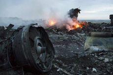 Air Mata Keluarga Korban Pesawat MH17 Kembali Berlinang...