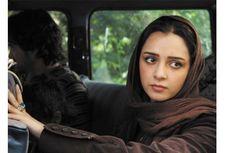Unggah Video Polisi Moral Serang Wanita Tak Pakai Hijab, Aktris Iran Ini Dipenjara