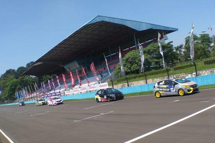 PT Honda Prospect Motor (HPM) kembali menggelar Honda Jazz & Brio Speed Challenge 2019 di ajang Indonesian Sentul Series of Motorsport (ISSOM).