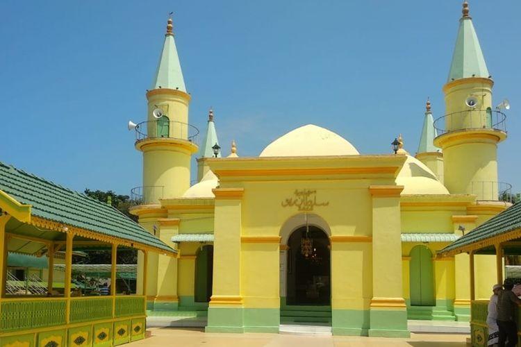 Dinas Kebudayaan dan Pariwisata (Disbudpar) Kota Tanjungpinang bersama Kelompok Sadar Wisata (Pokdarwis) Pulau Penyengat meluncurkan 8 produk pariwisata Pulau Penyengat, Kota Tanjungpinang, Kepulauan Riau.