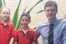 Sebuah SD di Pedalaman Australia Dapat Donasi Misterius
