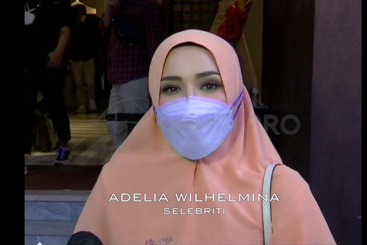 Istri Pasha Ungu, Adelia Wilhelmina