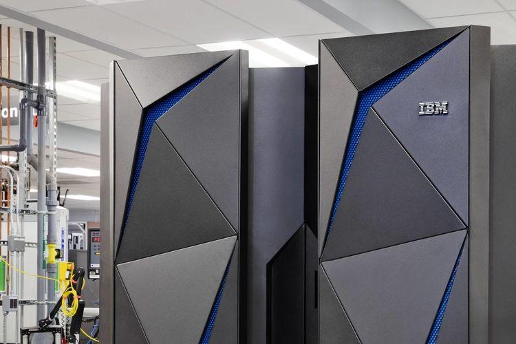 Komputer mainframe IBM