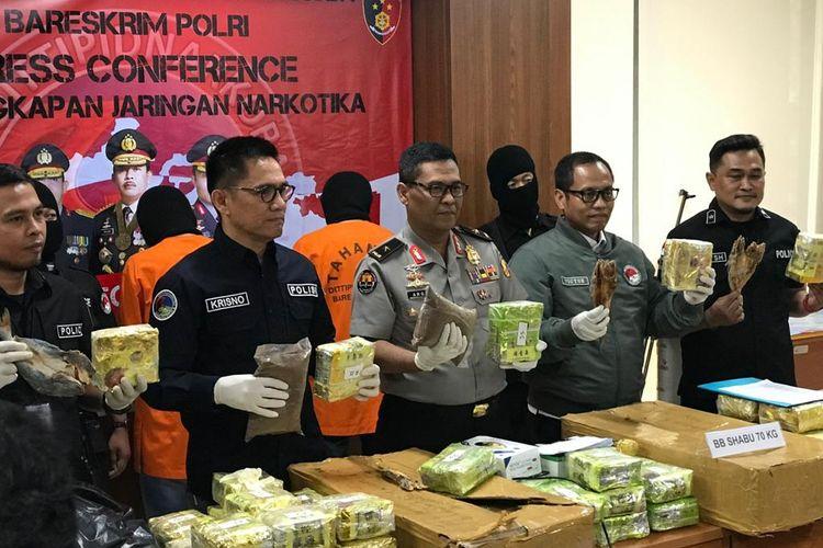 Kepala Biro Penerangan Masyarakat (Karopenmas) Divisi Humas Polri Brigjen (Pol) Argo Yuwono di Gedung Bareskrim, Jakarta Selatan, Selasa (21/1/2020).