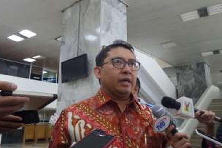 Wakil Ketua DPR Fadli Zon di Kompleks Parlemen, Senayan, Jakarta, Kamis (11/7/2016)