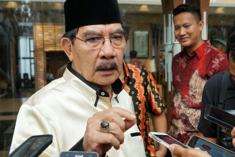 Mantan Ketua KPK Antasari Azhar saat ditemui usai acara syukuran pembebasan bersyarat dirinya dari Lapas Klas I Tangerang di Hotel Grand Zuri, Tangerang, Banten, Sabtu (26/11/2016).