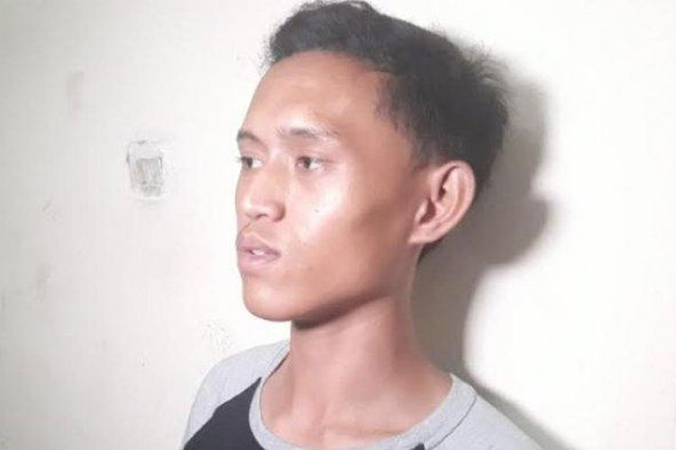 Lucky Dwi Utama (20) yang ikut menemukan jasad Rieke Andrianti di Rusun Griya Tipar Cakung, Jakarta Timur, Sabtu (9/11/2019).