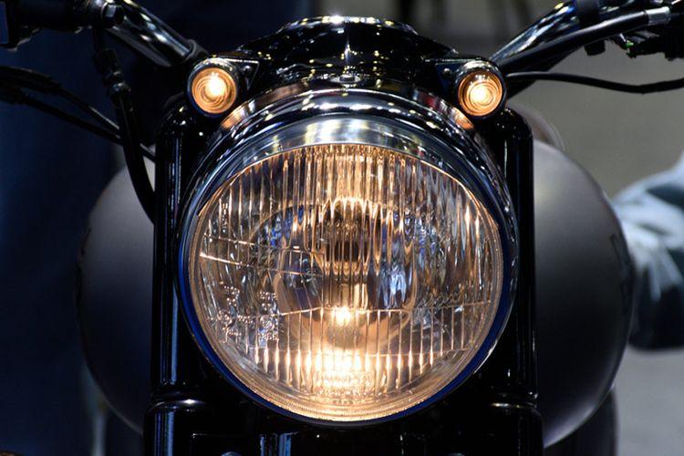 Lampu sepeda motor.