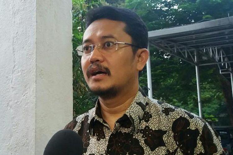 Komisioner Komisi Pemilihan Umum, Ferry Kurnia Rizkiyansyah di Kantor KPU Pusat Jalan Imam Bonjol, Jakarta Pusat , Kamis (10/12/2015)