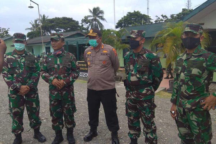 Jajaran pimpinan TNI - Polri di Mimika usai menggelar apel pasukan, Senin (13/4/2020).