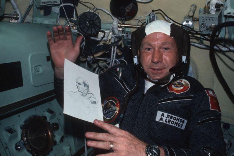 Alexey Leonov, kosmonot pertama yang berjalan di ruang angkasa
