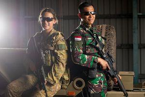 FOTO: Suasana di Balik Latihan Tempur Gabungan TNI AD dan Tentara Australia