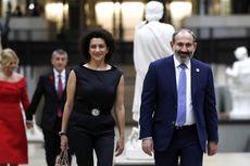 Perang Lawan Azerbaijan di Nagorno-Karabakh, Istri PM Armenia Ikut Latihan Militer