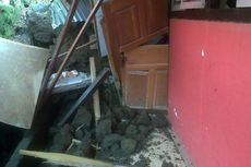 Gedung SD di Manado Tertimpa Longsor
