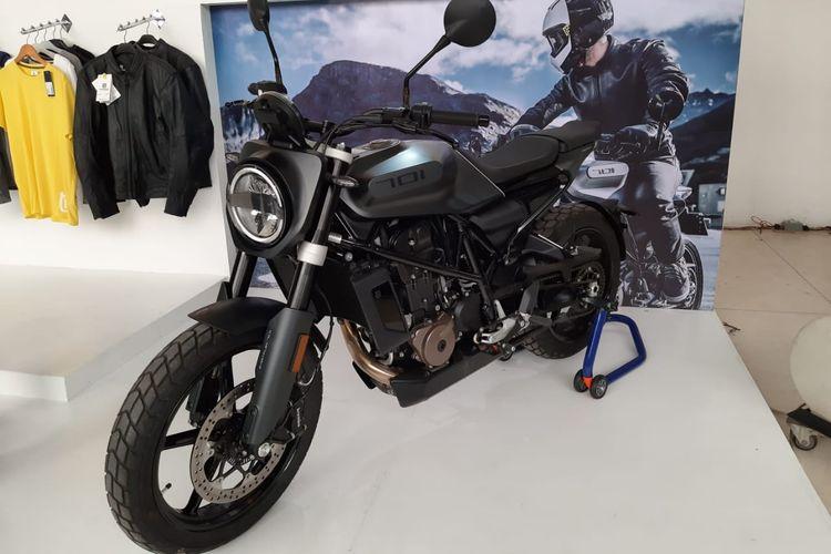 Husqvarna Svartpilen 701 di IIMS Motobike Expo 2019