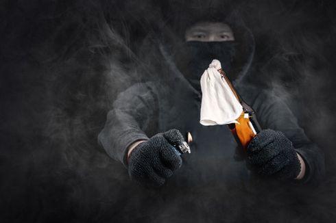 Mapolsekta Bontoala Makassar Dilempari Bom Molotov, 2 Polisi Terluka