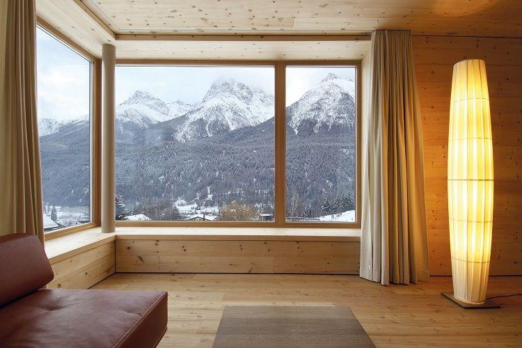 Scuol Youth Hostel di Swiss.