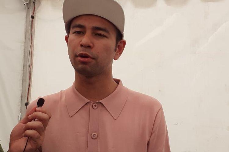 Presenter dan artis peran Raffi Ahmad saat ditemui di acara otomotif IIMS di Jiexpo, Kemayoran, Jakarta Pusat, Sabtu (4/5/2019).