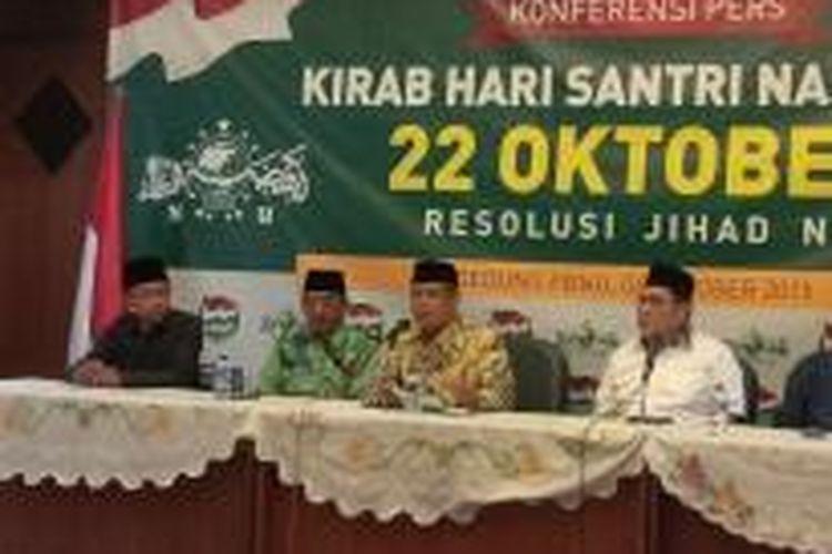 Pengurus Besar Nahdlatul Ulama menggelar konferensi pers di Jakarta, Selasa (6/10/2015) mengenai rencana PBNU memperingati 22 Oktober sebagai hari santri nasional meskipun pemerintah belum menetapkan tanggal tersebut sebagai hari santri nasional.