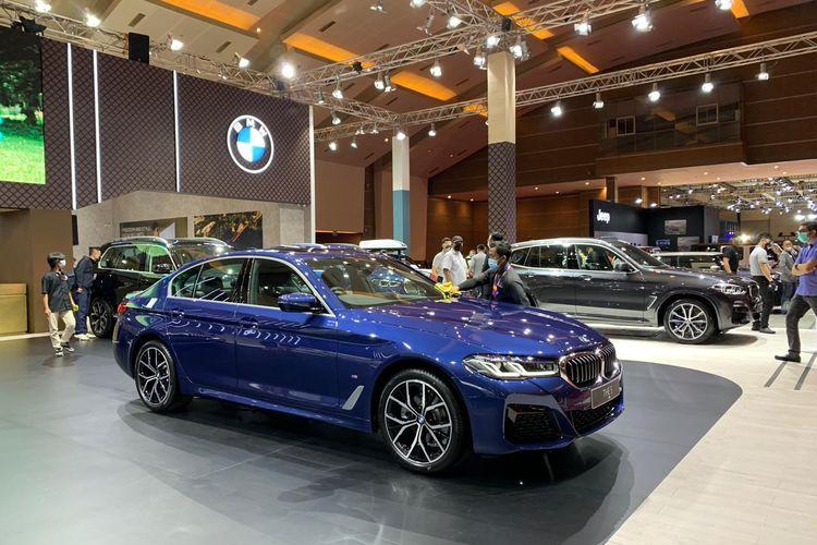 Booth BMW di IIMS Hybrid 2021.