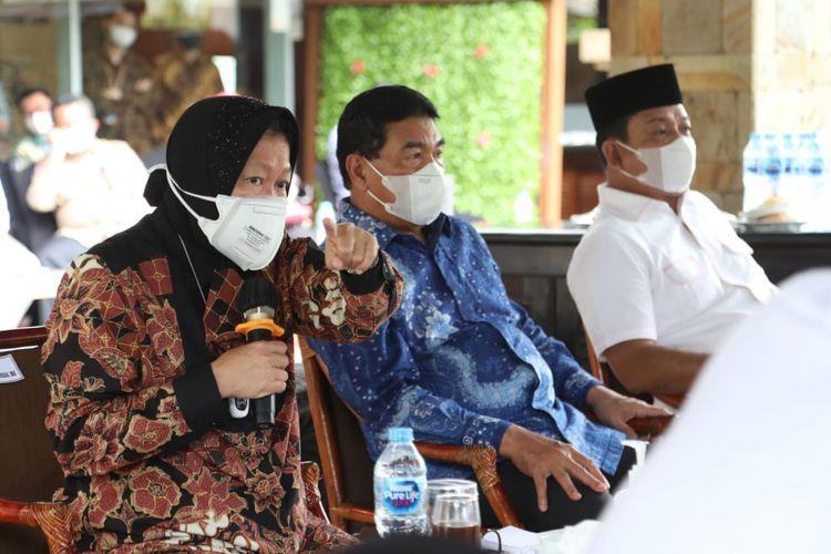 Menteri Sosial Tri Rismaharini saat kunjungannya di Provinsi Riau, Selasa (31/8/2021).