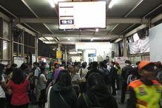 Tawuran Kembali Terjadi di Sekitar Stasiun Manggarai, KRL Tertahan
