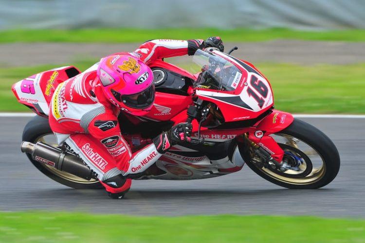 Pebalap Astra Honda Racing Team,  Irfan Ardiansyah.