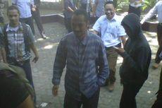 Abraham Awasi Pengusutan Kasus Korupsi di Kampung Sendiri