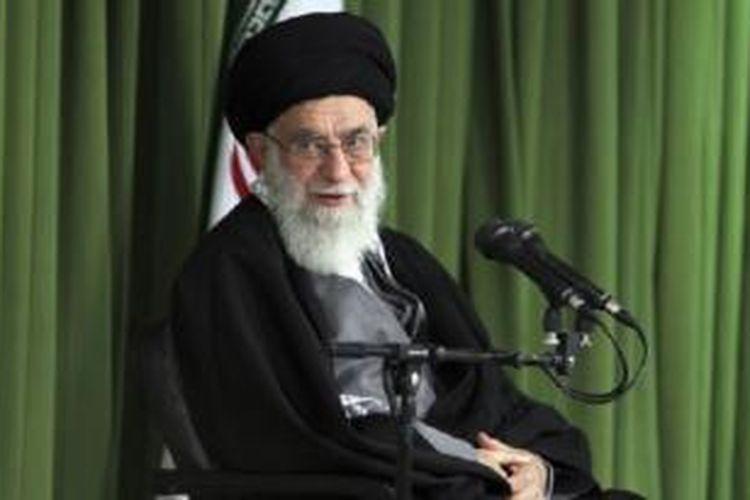 Pemimpin tertinggi Iran, Ayatollah Ali Khamenei memberikan dukungan perundingan nuklir Iran dengan sejumlah negara barat