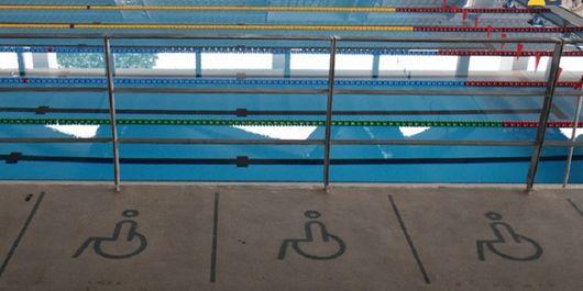 Fasilitas bagi penyandang disabilitas di Stadion Renang (Aquatic), Kompleks Gelora Bung Karno.