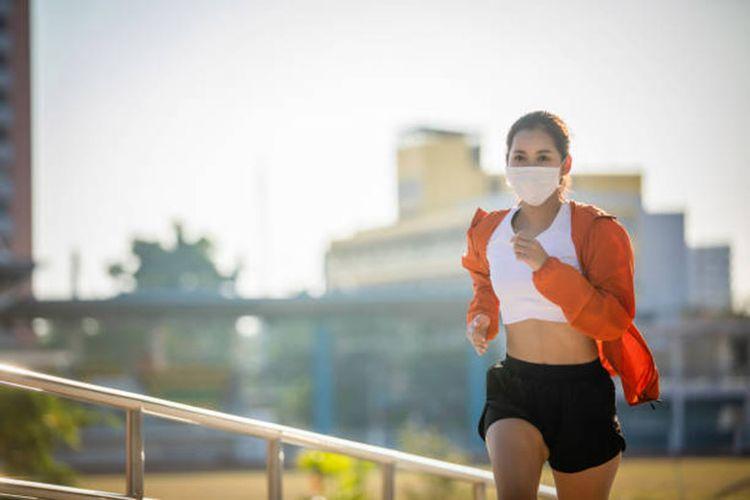 Ilustrasi olahraga untuk meningkatkan imunitas tubuh dan menjaga kesehatan paru-paru.