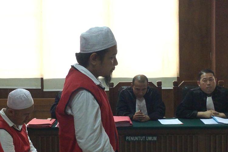 Zul Zivilia saat bacakan pledoi dalam sidang di Pengadilan Negeri Jakarta Utara, Senin (16/12/2019)