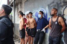 Berita Foto: Pemain PSM Berhamburan ke Jalan Saat Gempa Malang Terjadi