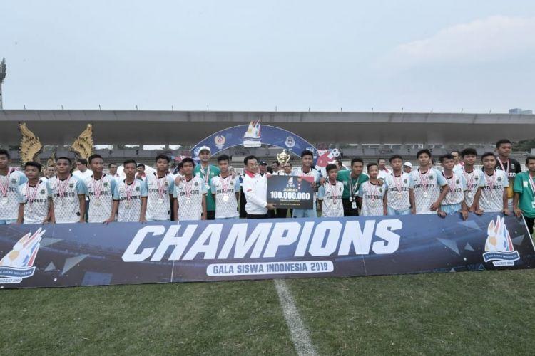 Pertandingan Sepak Bola Gala Siswa Indonesia (GSI) SMP Tingkat Nasional yang berlangsung sejak 8 Oktober 2018 telah melahirkan juara pertama yakni Provinsi Jawa Timur (20/10/2018).