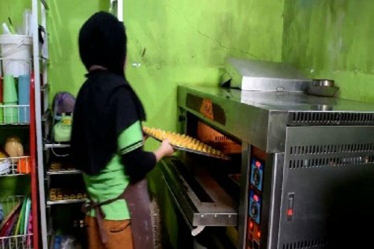PESANAN KUE LEBARAN : Toko kue banjir pesanan kue lebaran via online dan konvensional