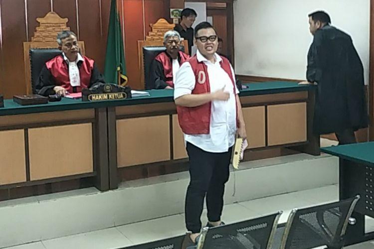 Reza Bukan setelah membacakan eksepsi terkait kasus dugaan penyalahgunaan narkotika yang menjeratnya dalam ruang sidang Pengadilan Negeri Jakarta Barat, Rabu (14/11/2018).