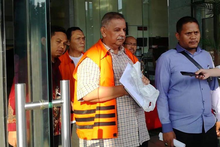 Direktur Utama nonaktif PT PLN Sofyan Basir seusai diperiksa di Gedung Merah Putih KPK, Jakarta, Selasa (28/5/2019)