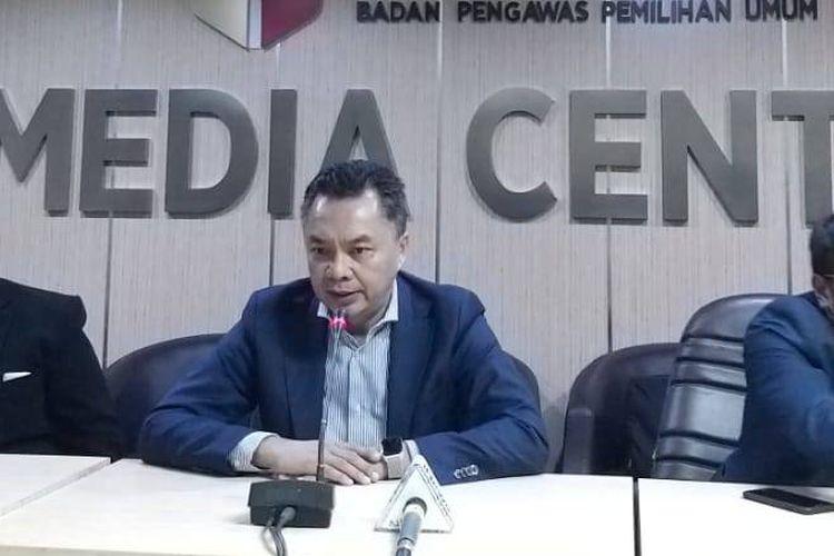 Mantan Wakil Menteri Luar Negeri, Dino Patti Djalal, di kantor Bawaslu, Jakarta Pusat, Rabu (20/3/2019).