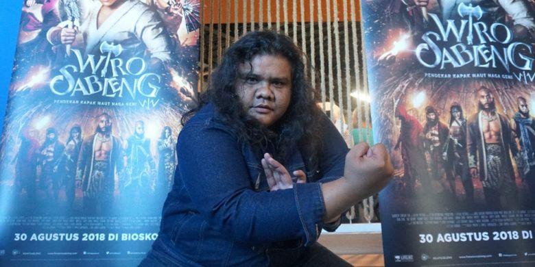 Fariz Alfarizi, pemeran Bujang Gila Tapak Sakti di film Wiro Sableng.