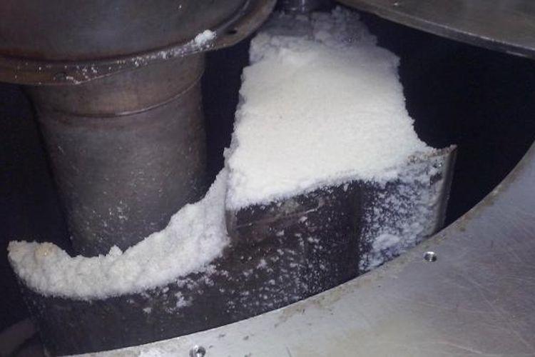 Ilustrasi: Proses pembuatan gula di pabrik milik PT Rajawali Nusantara Indonesia