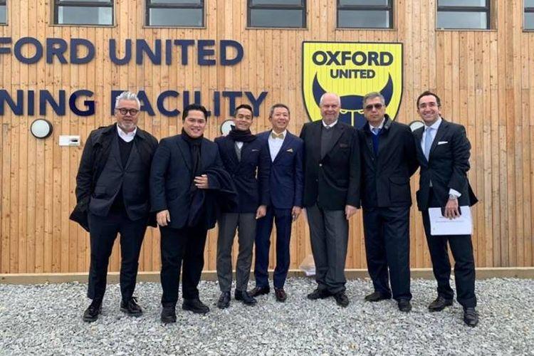 Para pemilik dan direksi  Oxford United bersepakat dan bertekad akan meloloskan klub sepakbola itu ke kasta Championship Leaque atau Divisi Satu Liga Inggris, dalam waktu dua tahun mendatang.