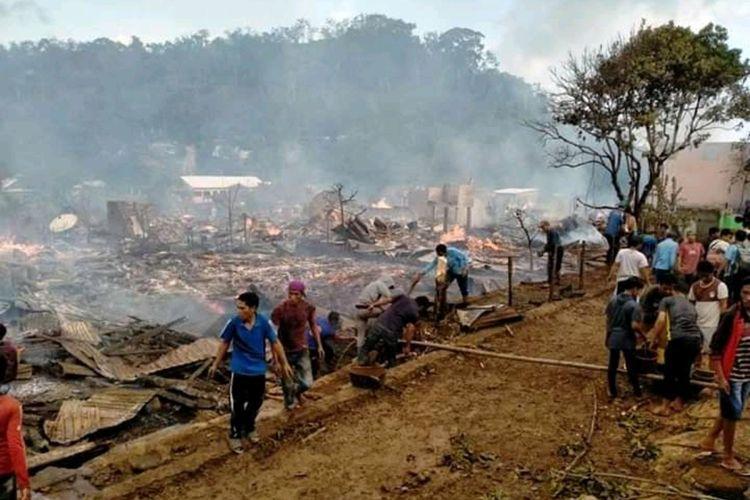 Suasana pasca kebakaran di Desa Batu Rotok, Sumbawa