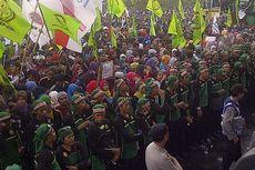 Ribuan Buruh Berkumpul di Surabaya, Dua Jalan Utama Disterilkan